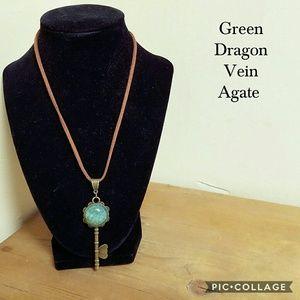 Handmade dragon vein agate necklace